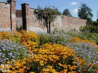 w-stourhead-walled_garden