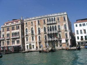 IMG Buildings on the Grand Canal_0490