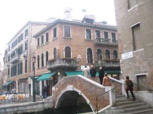 IMG Typical Canal, Bridge Square and Buildings _0450